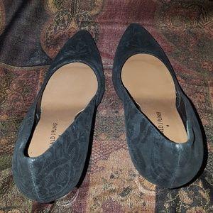 Donald J. Pliner Shoes - Donald J Pliner Embossed Floral Suede Pumps 8.5